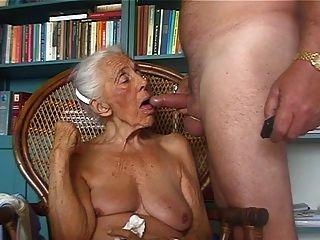 타락한 할머니 애호가 2
