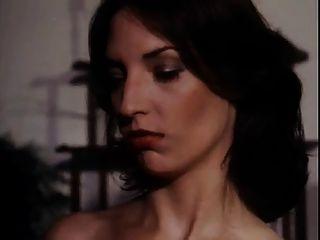 빈티지 하드 코어 screwpies 클래식 여자 소녀 장면입니다.