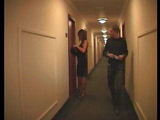 호텔에서 프랑스 커플