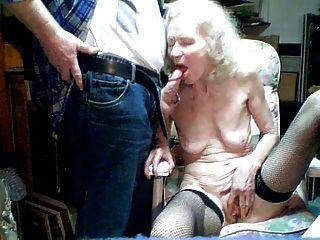 늙은 할머니 70 년 손자 빨아