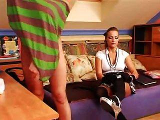 여학생 여학생 2 명이 게이 소년이된다.