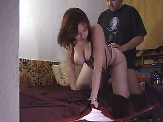그녀의 남자 친구와 빌어 먹을 busty brunette amatuer