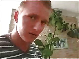 독일어 milf와 어린 소년
