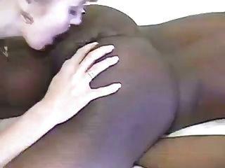 섹시한 금발 핥는 검은 엉덩이