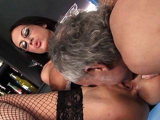 fmm threesome에 (서) 영국의 창녀 emma 엉덩이