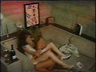 에리카 보이어 레즈비언 장면