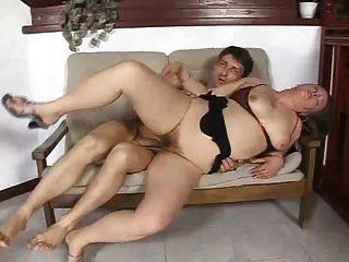 독일의 큰 엉덩이 성숙한 항문 섹스