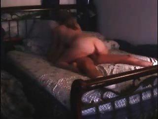 유부녀 커플은 섹스를하고 모두가 보았을 때 웹캠을 끄는 걸 잊었 어!