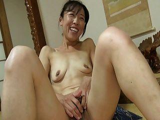 일본 여자 큰 clit 1