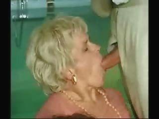 할머니와 소년 섹스