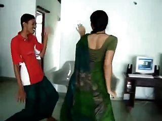 섹시한 남부 인도 뜨거운 엉덩이 댄스