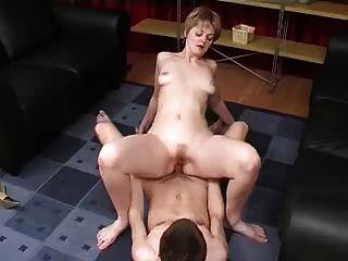 엄마와 소년