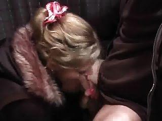뜨거운 흥분 여자는 creampie 걸립니다.즐겨
