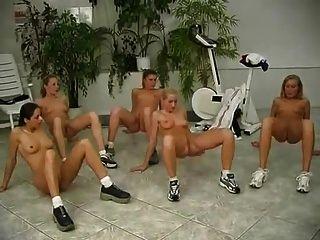 누드 체육관 2