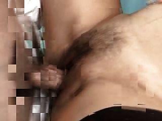 부인과 의사는 임신 한 갈색 머리와 섹스를한다.