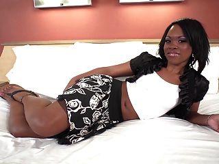 아마추어에서 18 세의 검은 색 십대 w 좋은 엉덩이 처음으로 비디오