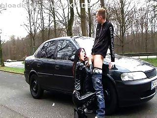 독일 라텍스 암캐 (더러운 이야기 야외 섹스)