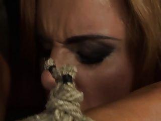 섹스 노예 보니 (두 번째 장면) p1