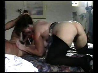 섹시한 엄마 n114 젊은 남자와 털이있는 항문 성숙한 유부녀