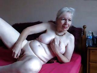 핫 할머니 61y