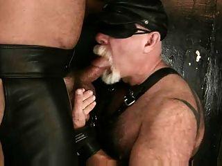 바이커 아빠가 빌어 먹을 곰