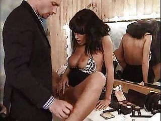 그녀의 탈의실에서 열렬히 엿 본 아니타 ... f70