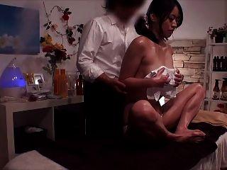 긴자 뷰티 스파 일본 마사지 (milfs) 4.3
