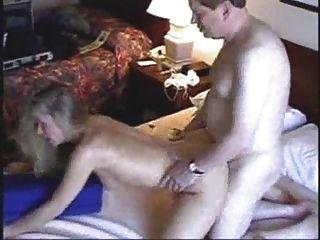 노인과 호텔 매춘부 1
