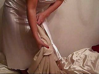 새로운 액체 새틴 긴 밤 드레스