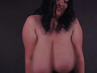 루마니아어 bbw 여신 alicia 제복 입은 거대한 가슴