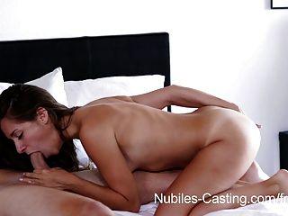 nubiles 캐스팅 작은 짹 녀석 포르노 하드 코어 시도