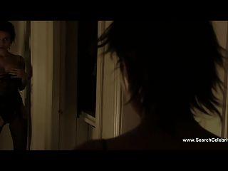 엘레나 아나야 뜨거운 누드 장면 섹스와 루시아 (2001)