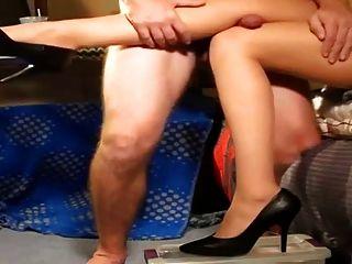 다리 엉덩이가 \u003c2ko\u003e\u003c2ko\u003e 거리다.
