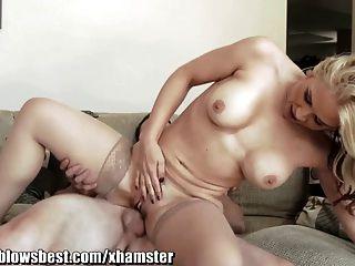 섹스를위한 그녀의 의붓자를 쫓고있는 mommybb milf sarah vandella