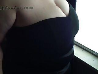 2014 년 5 월 작은 검은 드레스