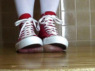 내 대화 아래에 다시 정액!양말 .... 그리고 맨발