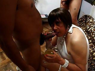 taty의 새끼의 강한 새로운 섹스
