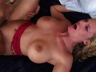 경험 많은 걸레와의 섹스