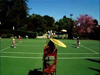 나체 테니스