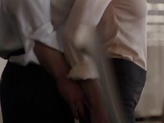 캐슬린 로버트슨 보스 03