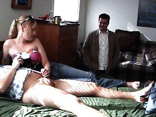 그녀의 남자 친구 뜨거운 금발의 경련