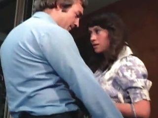 여분의 용 병을 없애다 1976