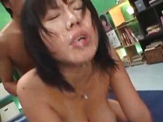 일본 여자 큰 가슴 bukake