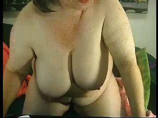 웹에 뚱뚱한 할머니 r20