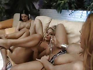슈퍼 섹시한 레즈비언 그룹 섹스 파티 부분 2