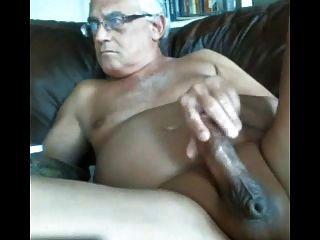 likeaolder 할아버지 61 y d는 그의 뚱뚱한 수탉과 정액