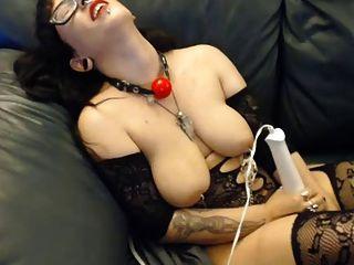 젖꼭지 클램프, 후크 딜도 라구 딜도와 vibe와 tat 소녀 큰 가져옵니다.