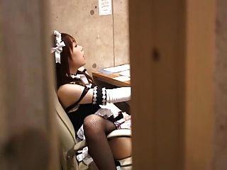 아마추어 소녀 인터넷 카페 난민을 저장합니다.