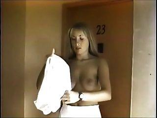 나타샤 레스터 3 중 매우 희귀 한 필름