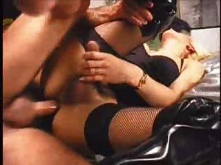 금발 트랜스 텔레비젼 섹스 털이 이전 가기 검은 fishnet 스타킹